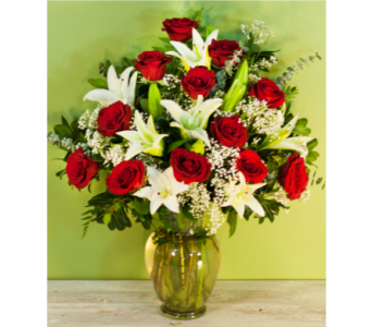 Roses and Lilies in Merrick NY, Feldis Florists