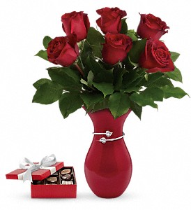 Gift From The Heart Bouquet with chocolates in Houston TX, Fancy Flowers