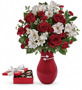 Pair Of Hearts Bouquet with chocolates in Houston TX, Fancy Flowers