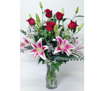 Stargazer Romance - 8-1/2 inch Vase - All-Around in Wyoming MI, Wyoming Stuyvesant Floral