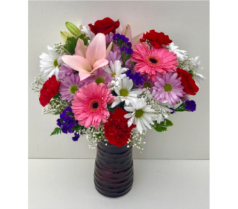 Belle Amour Bouquet in New Glasgow NS, McKean's Flowers Ltd.