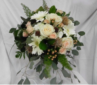 Rose & Gerbera Bouquet in St Catharines ON, Vine Floral