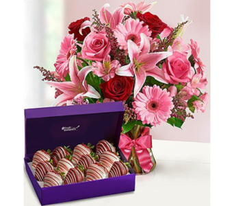 Fields of Europe™ Romance with Strawberries in Homer NY, Arnold's Florist & Greenhouses & Gifts