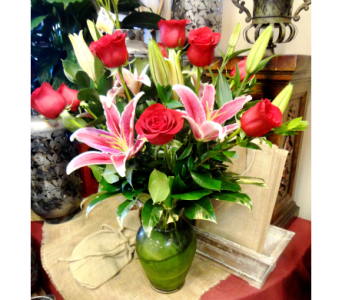 Dozen Red Roses with Stargazer Lilies in Tampa FL, Buds, Blooms & Beyond