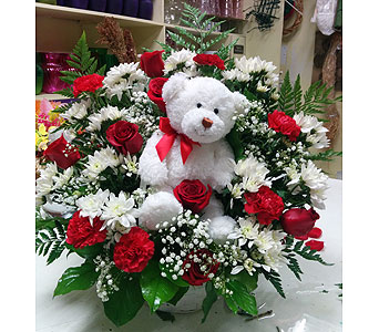 Bear Hugs and Roses in Brampton ON, Flower Delight
