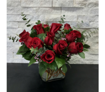 Modern Rose Arrrangement in Ft. Collins CO, Palmer Flowers