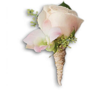Dashing Boutonniere in Indianapolis IN, George Thomas Florist