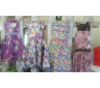 Children and Adult aprons in Carlsbad CA, El Camino Florist & Gifts