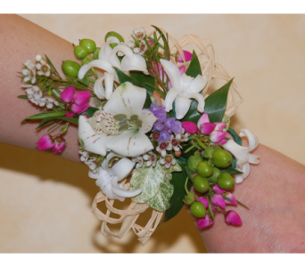 Wild flower wristlet in Scarborough ON, Helen Blakey Flowers