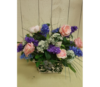 Lilac and Roses in Voorhees NJ, Nature's Gift Flower Shop