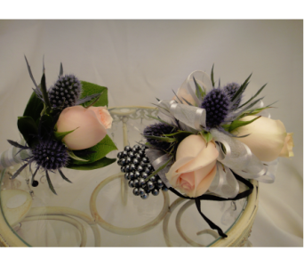 Thistle and Spray Rose Set in Greenville SC, Expressions Unlimited