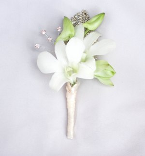 Golden Boutonniere in Crystal Lake IL, Countryside Flower Shop