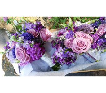 Lavender Bouquet dans Watertown CT, Agnew Florist