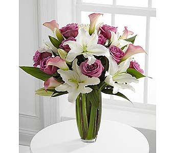 Flowing Luxury Rose & Lily Bouquet in Malverne NY, Malverne Floral Design