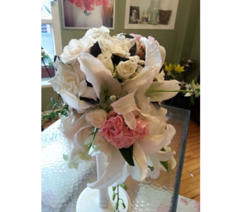 Bouquets in Watertown CT, Agnew Florist