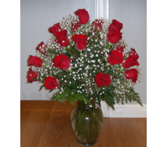 VD16  2 Dozen Long Stem Red Rose Arrangement in Mililani Town HI, Mililani Town Florist