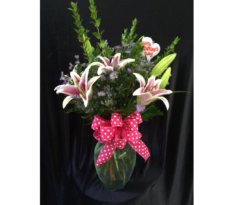 Stargazer Vase  in Natchitoches LA, Jeanne's Country Garden