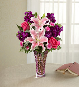 Mothers day flowers delivery colorado springs co nonis flowers timeless elegance bouquet in colorado springs co nonis flowers gifts mightylinksfo