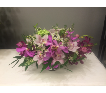 Magenta Treasures in Victoria BC, Fine Floral Designs