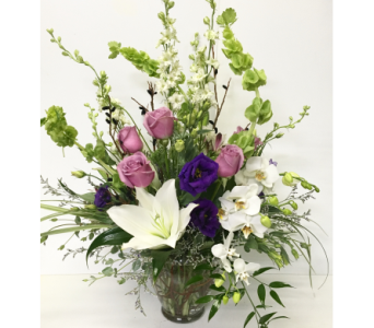 Classico in Serenity Vase - Designed All-Around in Wyoming MI, Wyoming Stuyvesant Floral
