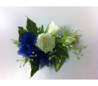 Boutonniere in West Vancouver BC, Flowers By Nan