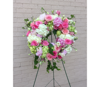 Fresh Wreath Shades of Pink in Memphis TN, Le Fleur