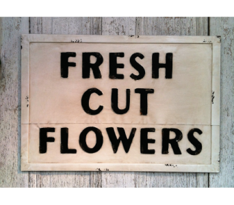 Vintage Market Sign in Stephens City VA, The Flower Center