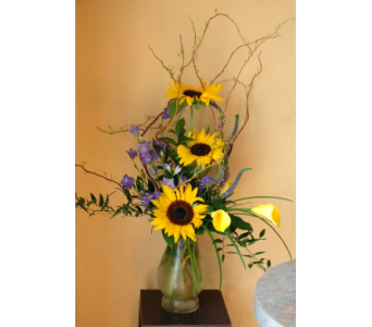 Sunflower Vase in Hales Corners WI, Barb's Green House Florist