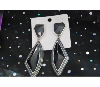 Modern Black Earrings in Manhattan KS, Westloop Floral