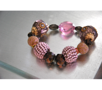 Mauve Beaded Bracelet in Manhattan KS, Westloop Floral