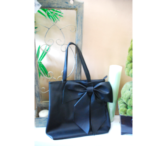 Black Bow Handbag in Manhattan KS, Westloop Floral