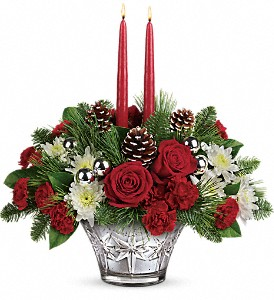 Teleflora's Sparkling Star Centerpiece in Bradford ON, Linda's Floral Designs