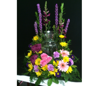 Spring urn adornment in Wellington FL, Wellington Florist