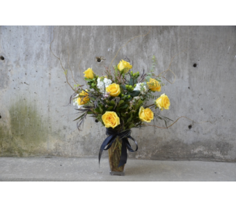 Kappa Alpha Theta Yellow Roses in Ft. Collins CO, Palmer Flowers