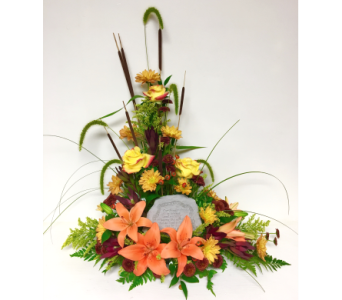 Fall Field Arrangement w/Family Chain Garden Stone in Wyoming MI, Wyoming Stuyvesant Floral
