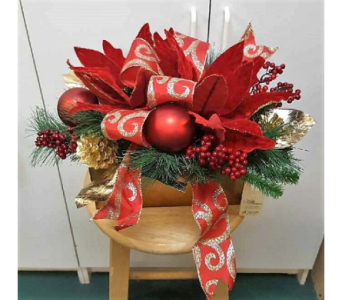 Square Vase Christmas Arrangement in Tampa FL, Buds, Blooms & Beyond