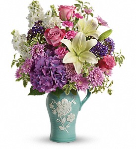 Teleflora's Natural Artistry Bouquet in Port Chester NY, Floral Fashions