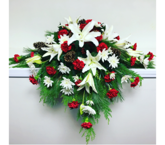 Winter Casket Spray in Wyoming MI, Wyoming Stuyvesant Floral