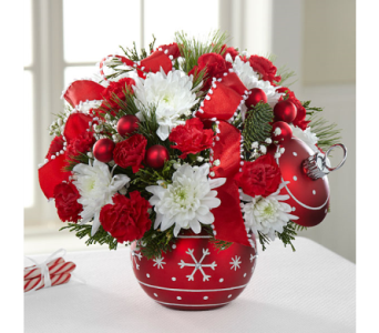 The FTD� Season's Greetings� Bouquet  in El Paso TX, Executive Flowers