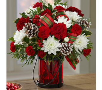 The FTD� Holiday Wishes� Bouquet by Better Homes a in El Paso TX, Executive Flowers