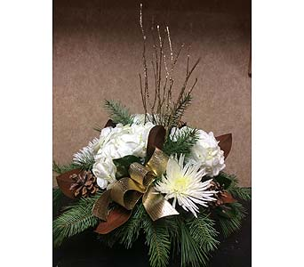 Golden Elegance in Stouffville ON, Stouffville Florist , Inc.