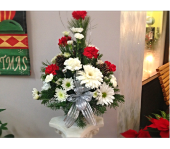 Filer's Shimmering Silver Christmas in Cleveland OH, Filer's Florist Greater Cleveland Flower Co.