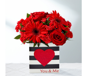 The FTD Be Loved Bouquet in El Paso TX, Kern Place Florist
