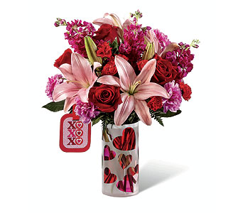 17-V6 Love You XO by Hallmark in Fort Lauderdale FL, Watermill Flowers