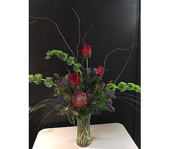Custom Arrangement in Derby KS, Mary's Unique Floral & Gift