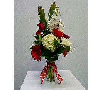 Medium Garden Vase in Red and White in Albertville AL, The Flower Market
