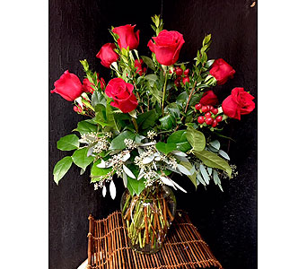 Classic Dozen Red Roses in Rancho Santa Fe CA, Rancho Santa Fe Flowers And Gifts