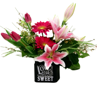 Love is Sweet in Detroit and St. Clair Shores MI, Conner Park Florist