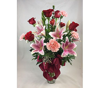 Romantically Speaking in Lemoore CA, Ramblin' Rose Florist