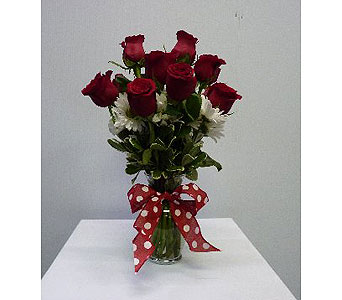 Medium Garden Vase 10 Red Roses with White Daises in Albertville AL, The Flower Market